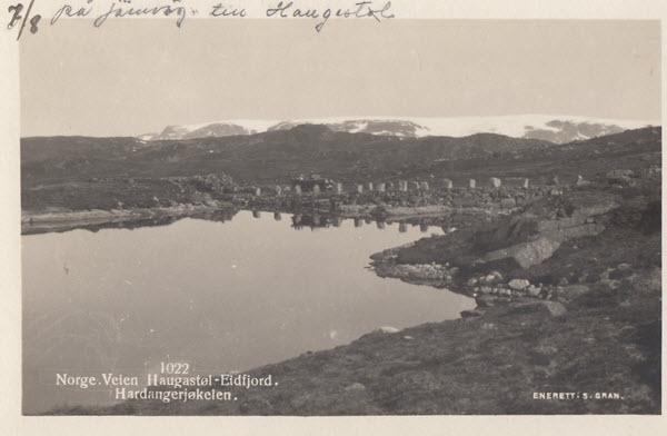 Norge. Veien Haugastøl-Eidfjord. Hardangerjøkelen.