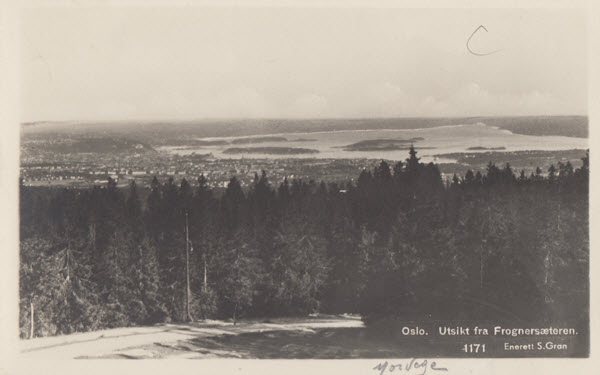 Oslo. Utsikt fra Frognersæteren.