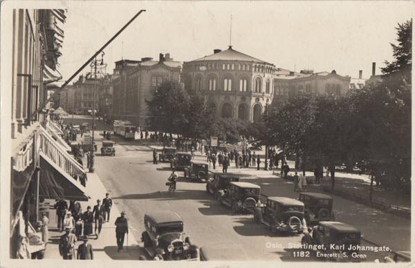 Oslo. Stortinget. Karl Johansgate.