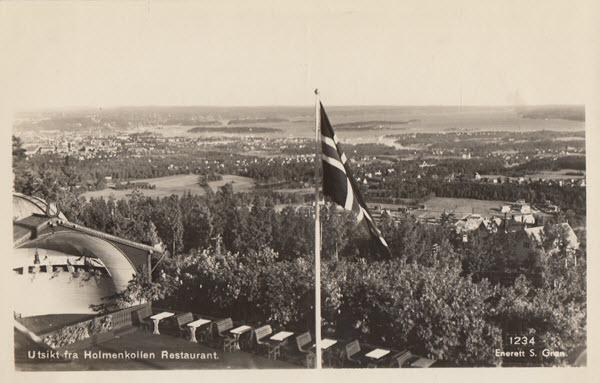 Utsikt fra Holmenkollen Restaurant.