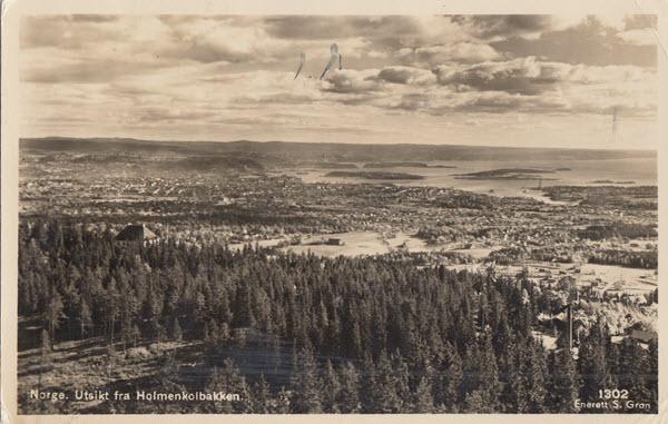 Norge. Utsikt fra Holmenkolbakken.