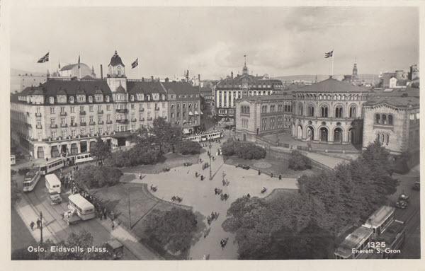 Oslo. Eidsvolls plass.