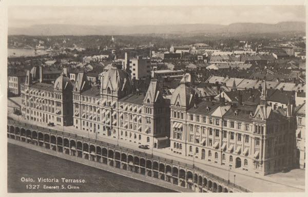 Oslo. Victoria Terrasse.