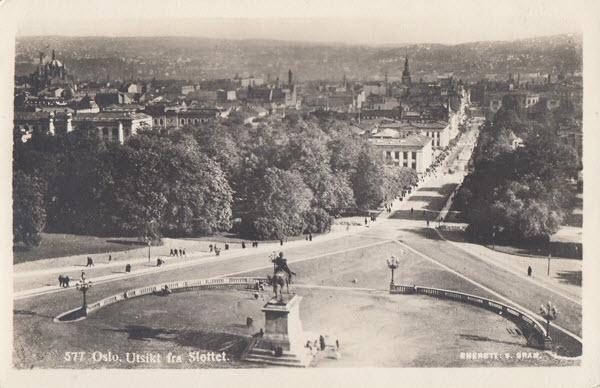 Oslo. Utsikt fra Slottet.