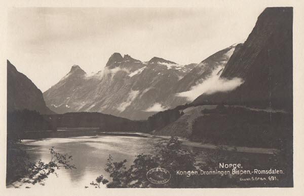 Kongen, Dronningen, Bispen. Romsdalen.
