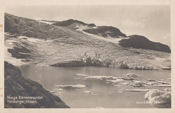 Norge. Dæmmevandet. Hardangerjökelen.