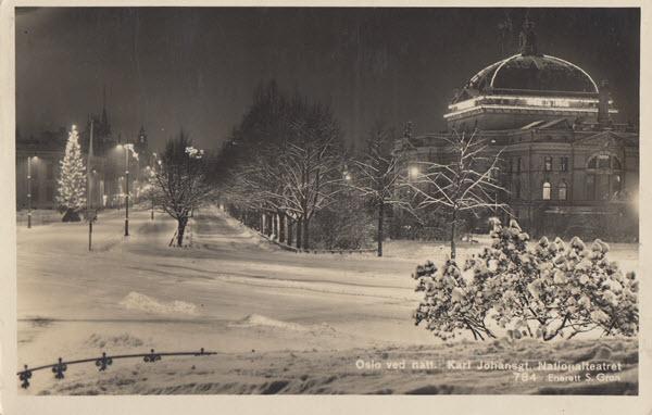 Oslo ved natt. Karl Johansgt. Nationalteatret