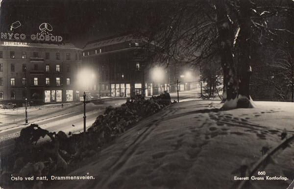 Oslo ved natt, Drammensveien.