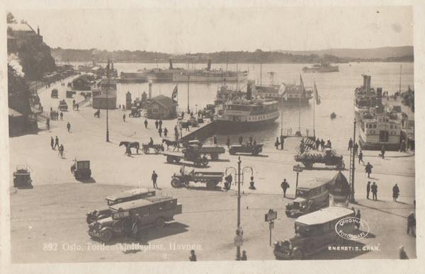Oslo. Tordenskjoldsplass, Havnen.