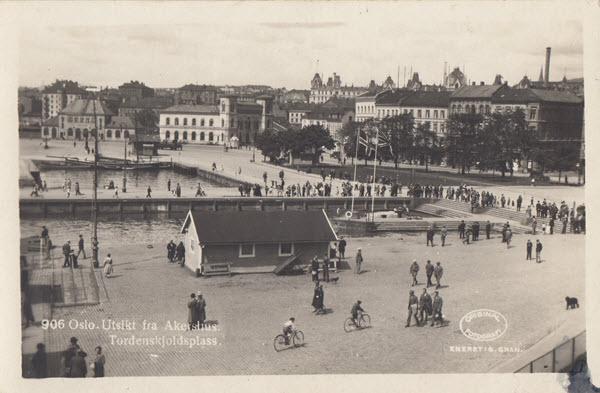 Oslo. Utsikt fra Akerhus. Tordenskjeldsplass.