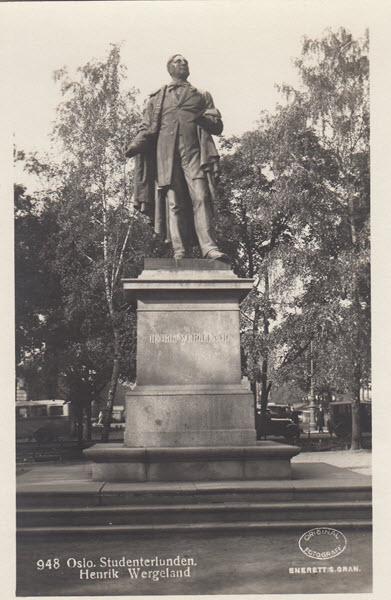 Oslo. Studenterlunden. Henrik Wergeland