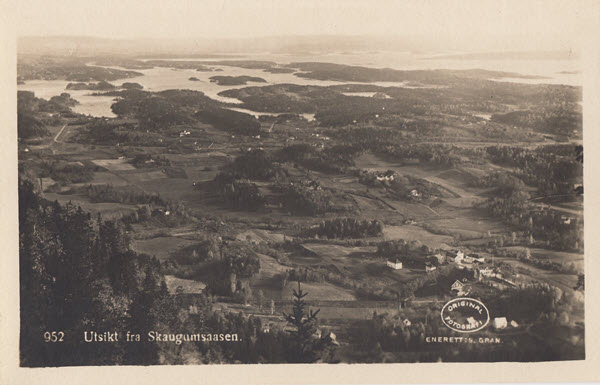 Utsikt fra Skaugumsaasen.