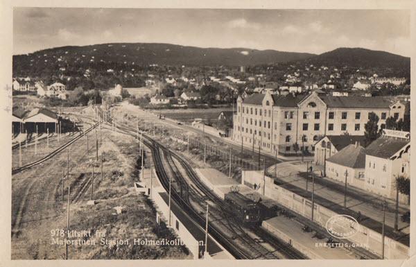 Majorstuen Stasjon, Holmenkollbanen.