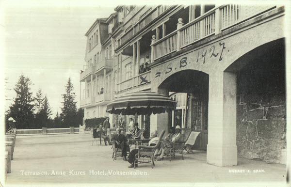Terrassen. Anne Kures Hotel. Voksenkollen.