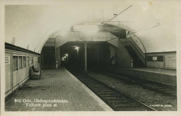 Oslo. Undergrundsbanen. Valkyrie plass st.